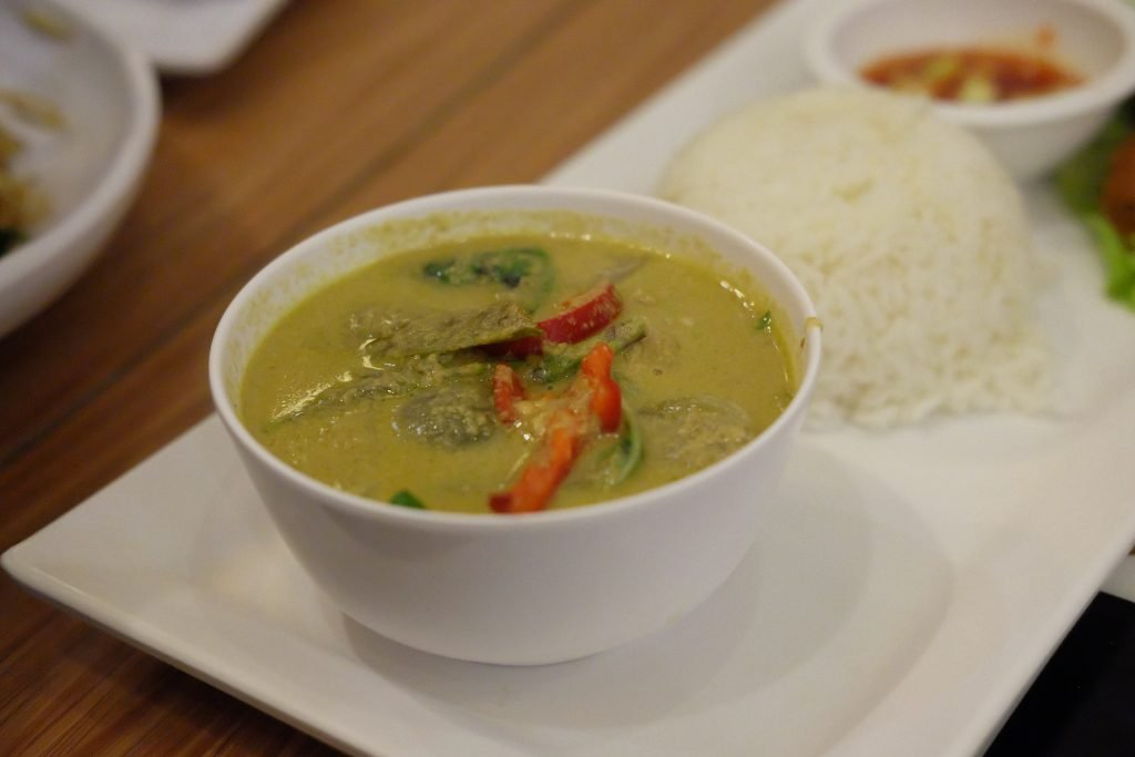 soup, food, thai meal kit green curry chicken